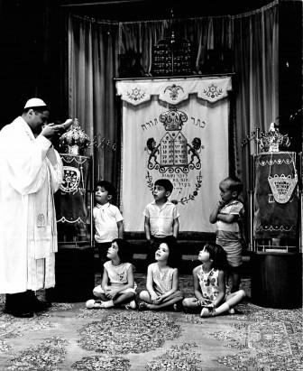 Rabbi White. Front row: Janet Stern. Rosh HaShanah, 1965.